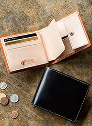 伝統の英国製ブライドルレザー使用の本革二つ折り財布★名入れ無料★