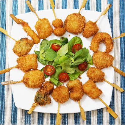 【送料無料】揚げるだけ簡単サクサク!色とりどり15種類の海鮮串揚げセット